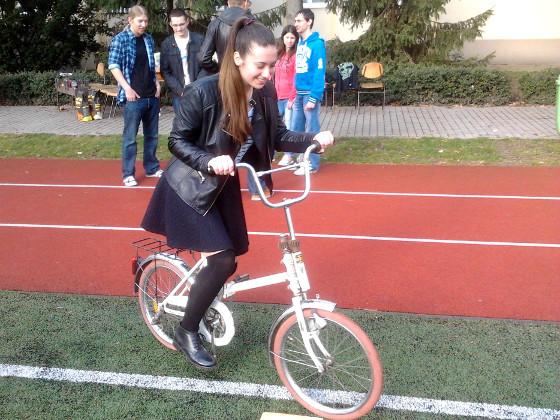 Felemás bicikli